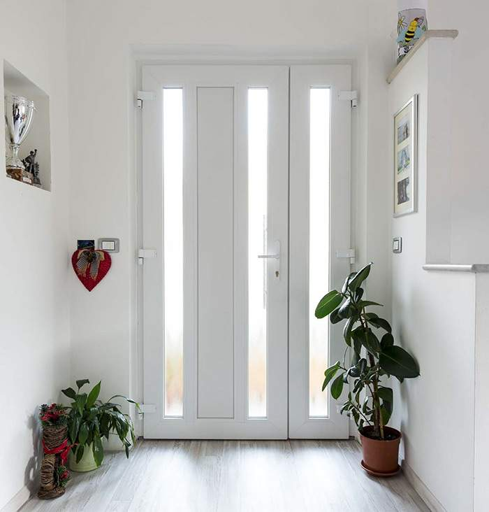 Haustür aus Kunststoff